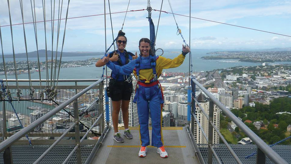 BODYSTEP 100 - winner - sky tower