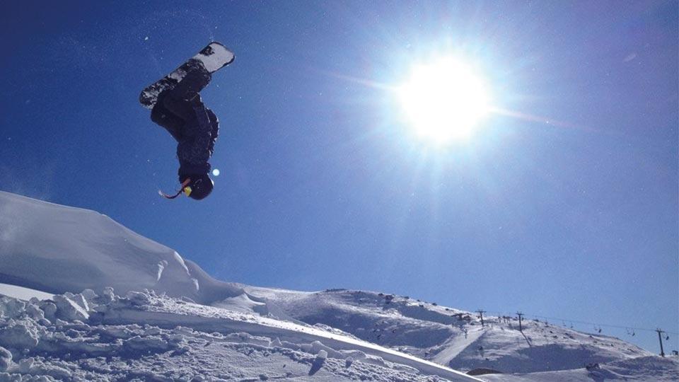 Corrah Phillips - Snowboarding