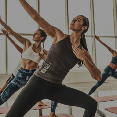 BODYBALANCE – Yoga-Based Group Fitness – Les Mills