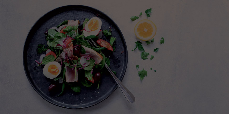 nicoise salad in a bowl
