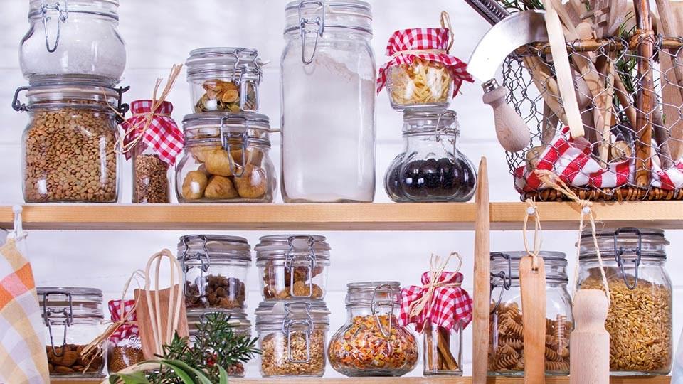 Kitchen Makeover  Les Mills. Kitchen Appliances For The Blind. Veneer Old Kitchen Cabinets. Coffee Mate Kitchen Makeover. Ikea Kitchen Items. Kitchen Corner Extractor Hoods. Kitchen Rug 3 X 6. Brown Sugar Kitchen Menu. Kitchen Glass Shelves