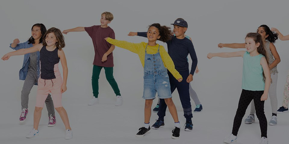 600 kids try BORN TO MOVE™