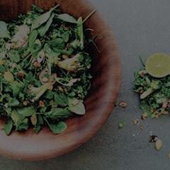 broccoli-baby-spinach-radish-almond-salad2
